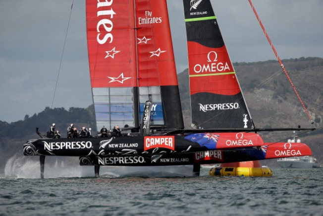 New Zealand Fans Holding Onto Hope for Win Over Oracle Team USA in America's Cup Finals