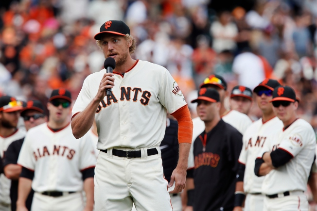 Giants Hosting Wild Card Wednesday Rally, Free Viewing Party at AT&T Park