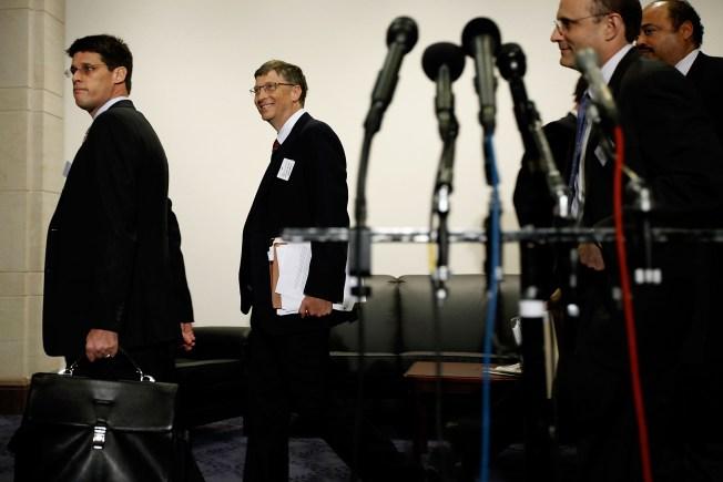 Bill Gates Kicks Off College Tour in Bay Area