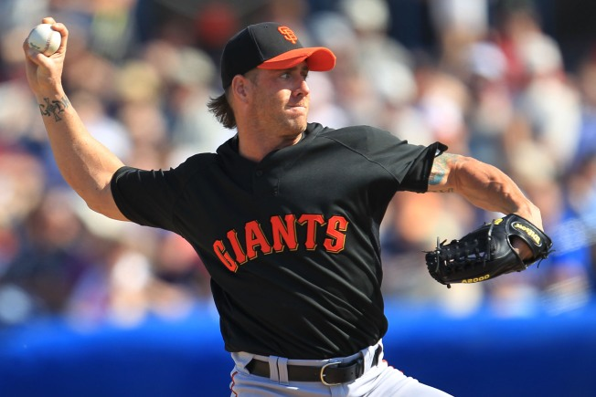 Giants Rally to Beat Dodgers
