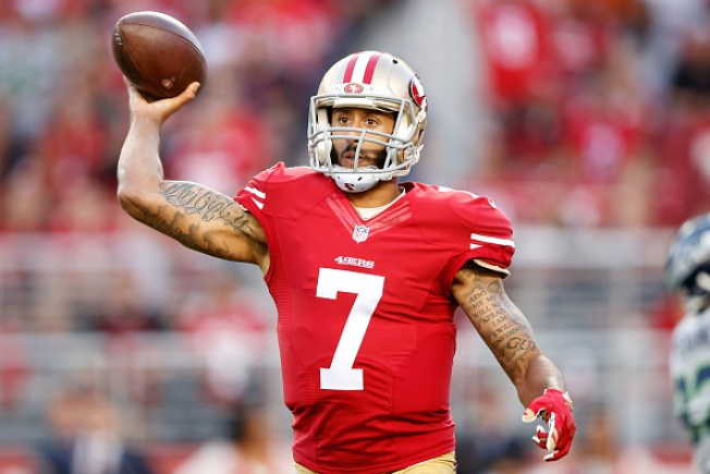Pay Cut Stands in Way of Broncos Nabbing 49ers Quarterback Kaepernick