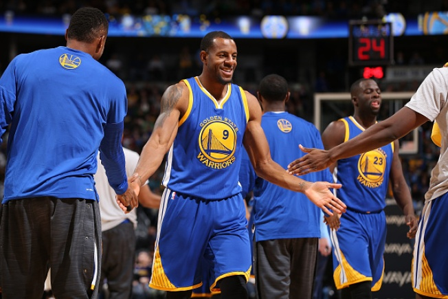 Golden State Warriors Defeat Denver Nuggets, Tie NBA Record for Best Start to a Season