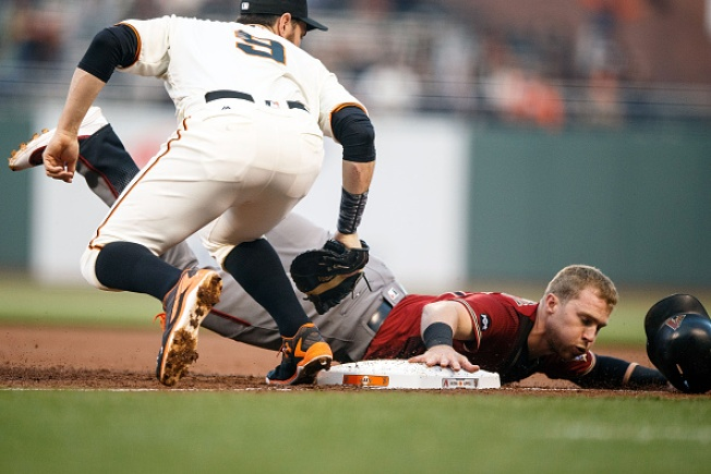 Greinke Beats Bumgarner, Giants' Skid Hits Four