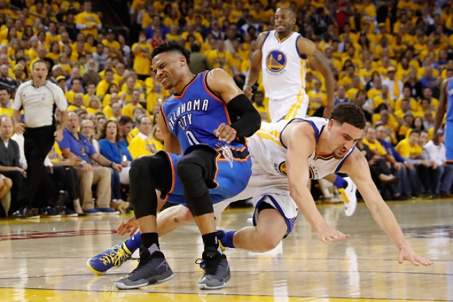 Warriors Drop Game 1 of Western Conference Finals to Thunder, 108-102