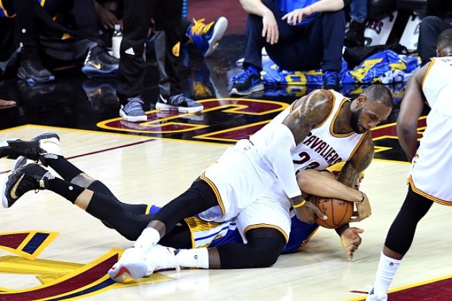 The Trilogy: Warriors Rally to Beat Cavaliers in Game 3