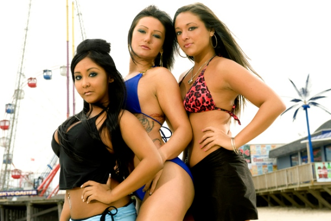 """Amid Calls for Boycott: """"Jersey Shore"""" Packs a Punch"""