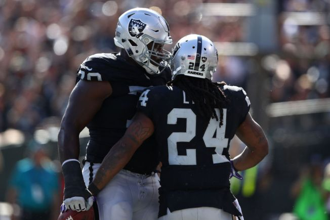 Raiders' Run Game Suffers Without Osemele