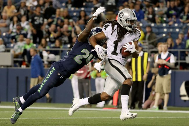 Hatcher Kept Working, Stayed Positive, to Make Raiders