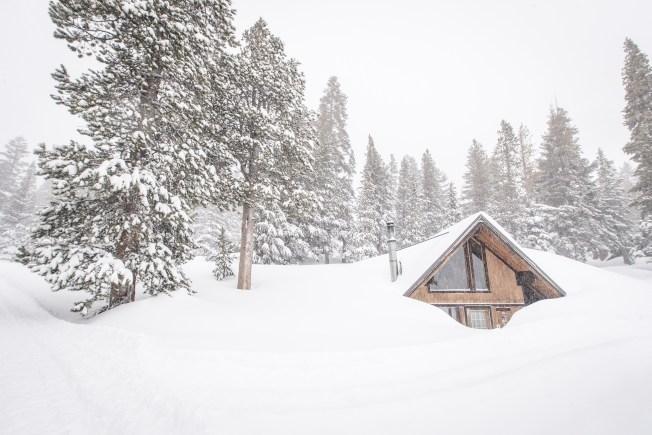 Spring Snow Wallops Sierra Nevada, Powder Totals Continue to Climb