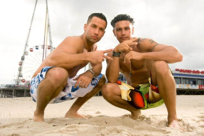 'Jersey Shore's' Pauly D Not Dating MTV 'Teen Mom' Star, But Still 'Hot' For Her
