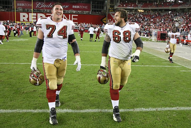Snyder Happy to be Back with 49ers in Valuable Backup Role
