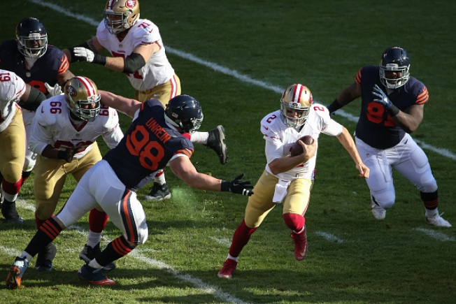 Gabbert's Big Plays, Bears' Missed Field Goal Try, Give 49ers a Victory