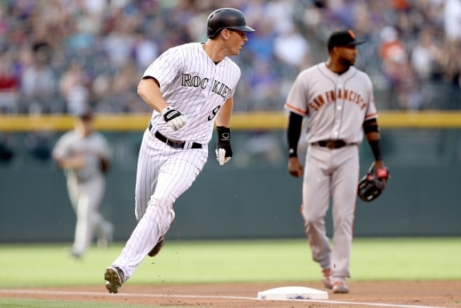 Rockies beat Giants 10-8