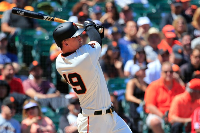 Giants Fall to Braves in 13 Innings, Lose Series
