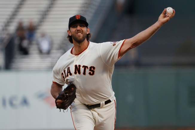 Giants Blow Lead in Ninth, Lose to Pirates