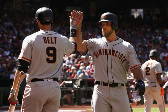 Bumgarner Breaks Giants Franchise Record for Most Career Homers Hit by Pitcher