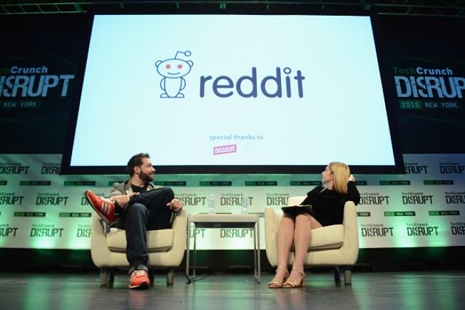 Reddit Users Migrate to Voat in Wake of Firing of Popular AMA Coordinator
