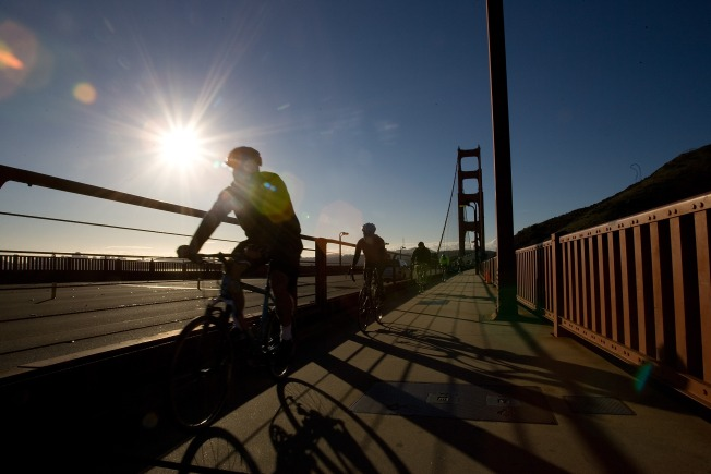 Signs, Paint Clearly Separate GGB for Cyclists, Pedestrians