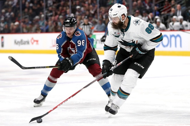 After New Year's Eve Debacle, Sharks Bounce Back to Top Avalance