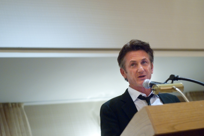 Sean Penn Secured Iran Hikers' Release: Report