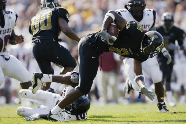 Raiders' Gruden Hires Alabama Secondary Coach