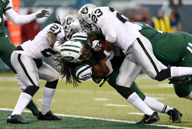 Raiders' Defense Continues to Crumble