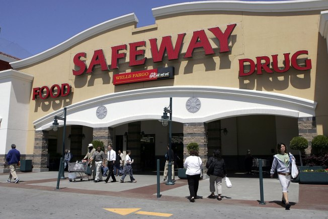Safeway Clearing Entrances of Signature Collectors