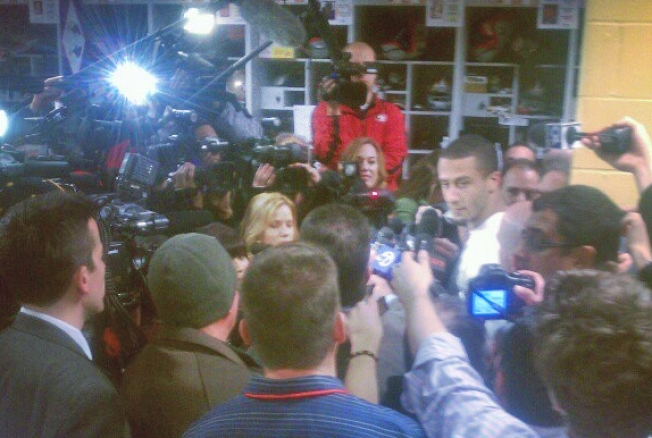 VIDEO: Colin Kaepernick Thursday Media Scrum