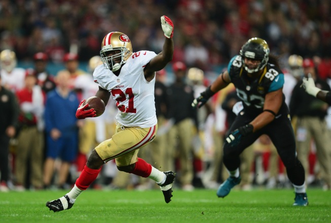 Niners Have Jolly Good Time, Rout Jaguars