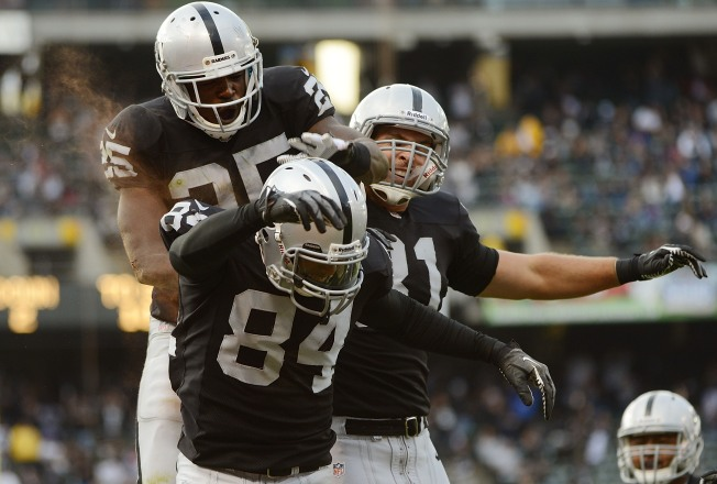 Raiders' Criner Shows Big-Play Potential of Receiving Corps