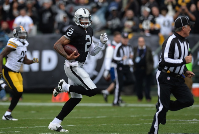 Raiders Run Past Steelers on Pryor's Feat
