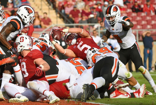 McCaffrey's Big Day Helps Lead Stanford Past Oregon State