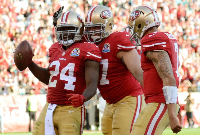 Niners' Dixon (Again) Faces Fight for Job