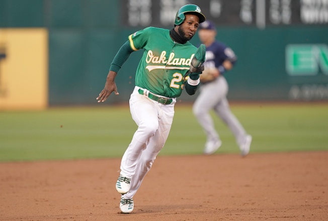 Olson's Blast Lifts A's Over Brewers in 10 Innings