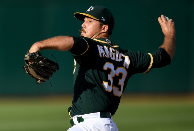 Gossett, A's Walk by Astros in Game 1 of Doubleheader
