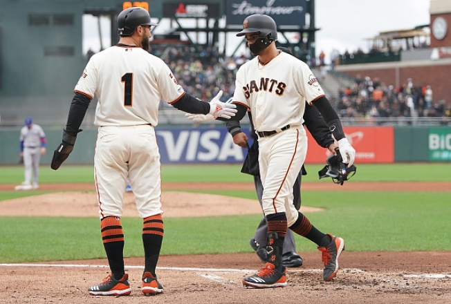 Giants Bounce Back With Matinee Win Over Blue Jays