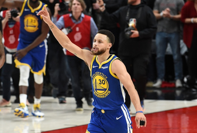 Warriors Sweep Blazers to Clinch Fifth Straight Trip to Finals