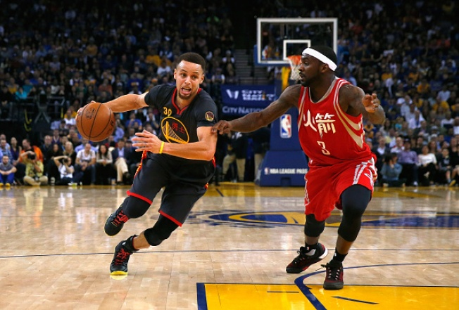 Warriors Defeat Rockets 123-110 for 47th Win of the Season