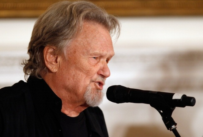 3 Time Grammy Winner Kris Kristofferson Peforms Series of Concerts