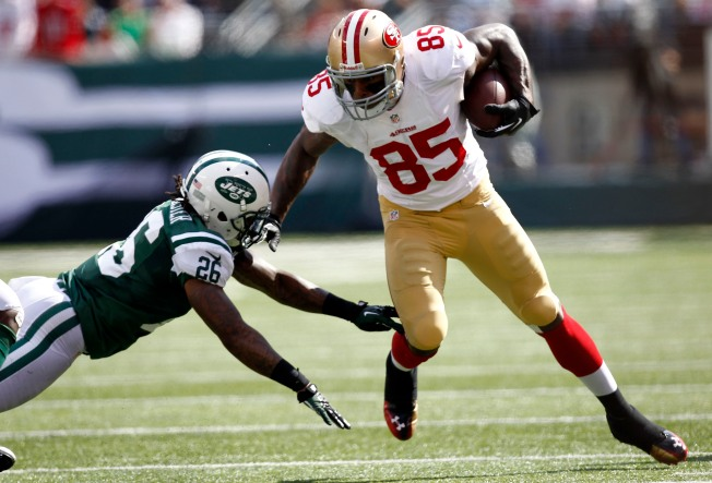 Vernon Davis Has Vanished From 49ers' Passing Game
