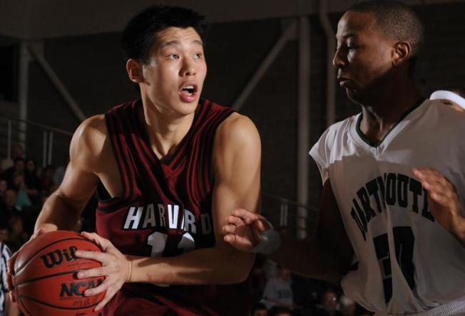 Palo Alto's Lin to Sign With Warriors