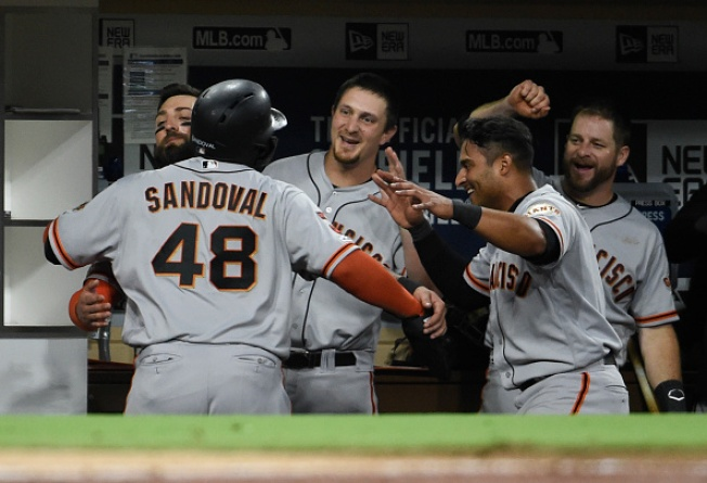Giants Rally to Beat Padres, Complete Sweep
