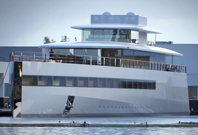 Steve Jobs' Yacht Docked In Payment Dispute