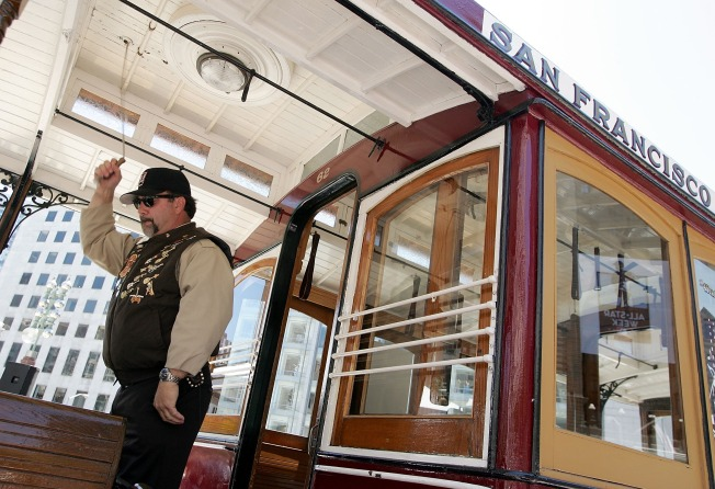SF Cable Cars Grind to Halt