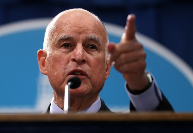 California Gov. Brown says United States will stay in climate fight