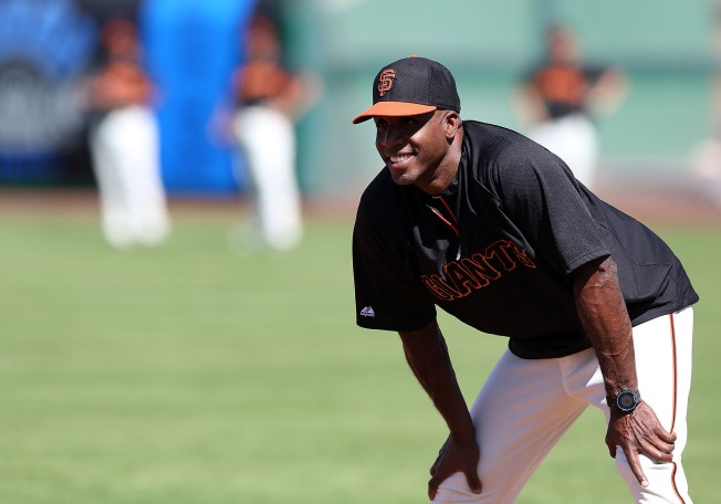 Barry Bonds joins Giants to coach minor leaguers
