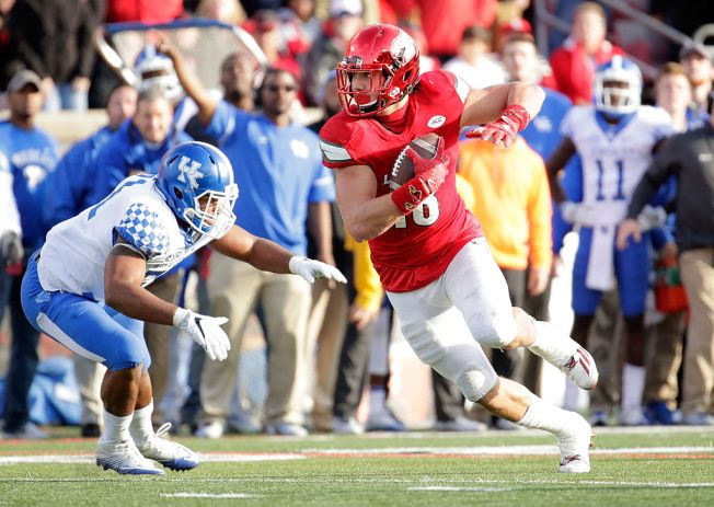 Undrafted Tight End Hikutini Could be Nice Pickup for 49ers