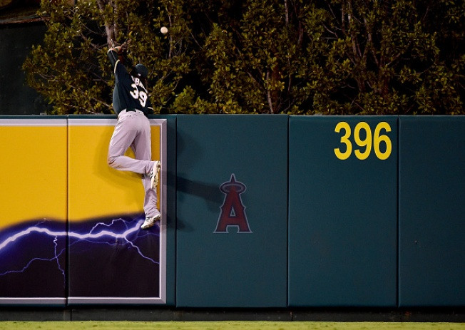 Angels Ride 7-Run Fourth Inning to Victory Over A's