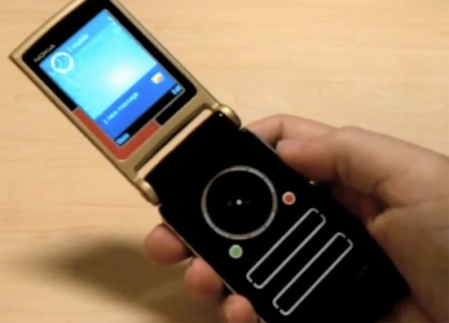Nokia's Prototype Star Trek Communicator Shows Up on eBay