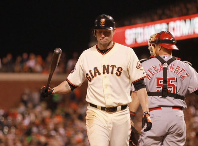 Giants Stung by Reds